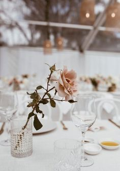 A new way of thinking about website publishing. Modern Wedding Centerpieces, Modern Wedding Flowers, Modern Wedding Inspiration, Floral Wedding, Wedding Decorations, Table Decorations, Minimalist Wedding Decor, Wedding Reception Design, Wedding Menu Cards