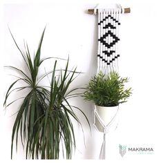 #aztecmacrame #makrama #macramé #aztecdeko #bohodecor #boho acrame Textiles, Aztek, Boho Decor, Plant Hanger, Macrame, Modern, Plants, Instagram, Deko