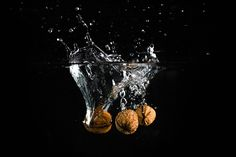 Nuts in the Water ➤ DOWNLOAD by click on the picture ➤ #Nuts #Water #Closeup #Splashwater #Food #freestockphotos #picjumbo