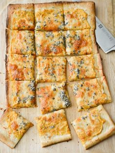 This pumpkin ricotta flatbread will become your new favorite fall recipe. It's perfect for Friday pizza night or weekend game day snacking.