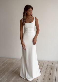 Shine skirt a line. Relaxed Wedding Dress, Crepe Wedding Dress, Simple Wedding Gowns, Top Wedding Dresses, Crepe Dress, Wedding Dress Over 40, Formal Dresses, Deb Dresses, Colored Wedding Dresses
