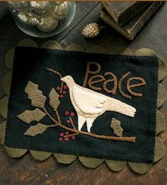 Hand-dyed wool and velvet, wool applique patterns and kits, rug hooking supplies Penny Rug Patterns, Wool Applique Patterns, Crewel Embroidery Kits, Rug Hooking Patterns, Felt Applique, Vintage Embroidery, Applique Pillows, Wool Quilts, Christmas Applique