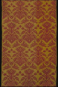 AD 1550-1600 Italian silk, double-faced compound weave, red ground and yellow pattern for dress or furnishing (194 x 53 cm) - Victoria & Albert Museum 547-1884