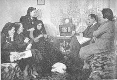 Televizyon çıkmadan ve beynimiz televizyona sabitlenmeden önce.Ailecek dinlenen radyolar.