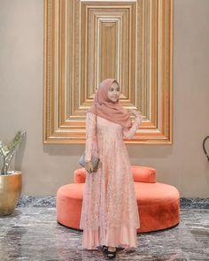 Hijab Fashion, Women's Fashion, Caftan Dress, Kebaya, Pretty, Clothing, How To Wear, Dresses, Vestidos