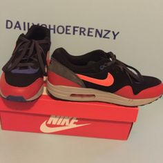 EXCLUSIVE MENS NIKE AIR MAX 1 ESSENTIAL IN SIZE 12 Air max 1 essential in size 12. In great condition. Nike Shoes Sneakers