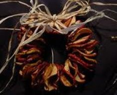 Dried Apple Instructions and Designs for Apple Wreaths, Great for a Warm Fall Decor