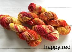 Variegated Yellow-Red-Sock yarn - Hand dyed yarn, 75/25% superwashed merino wool /nylon door AtelierSopra op Etsy