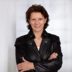Linzer Softwareunternehmen s2G.at ist die erste Adresse für Digitalisierung Software, Partner, Leather Jacket, Jackets, Fashion, Things To Do, Studded Leather Jacket, Down Jackets, Moda