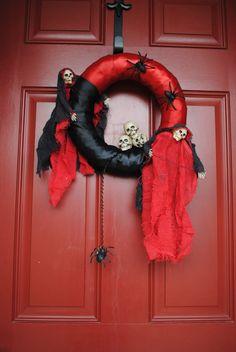 Oh The Horror Halloween Wreath