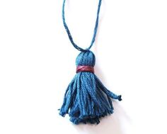 how easily we do our own tassel, free tutorial , free pattern, gadget,