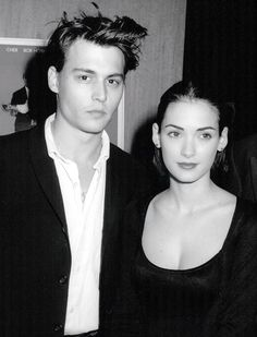 Johnny Depp & Winona Ryder - Mermaids premiere, December 10th 1990