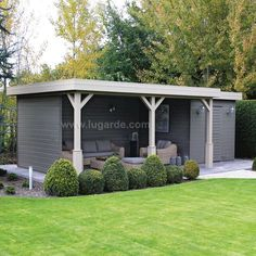 Shed Plans - Abri de jardin : grand et moderne. - Now You Can Build ANY Shed In A Weekend Even If You've Zero Woodworking Experience! Garden Buildings, Garden Structures, Outdoor Buildings, Shed Design, Garden Design, Back Gardens, Outdoor Gardens, Outdoor Rooms, Outdoor Living