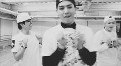 Both yugyeom and jb have killer smiles Got7 Yugyeom, Youngjae, Got7 Jb, Jinyoung, Zion T, Park Jin Young, Got7 Members, K Pop Star, Got7 Mark
