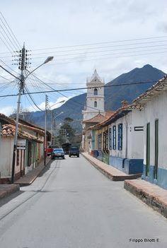 Calle e Iglesia de Mucuchies., por filippo bilotti