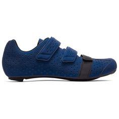 Schuhe zum Gesehen werden. Getragen von Fahrern des Team Sky bei den größten Rennen der Welt, sind die Climber's Shoes nun in einer stark reflektierenden Version erhältlich.