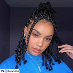 Box Braids Can you tell me the name of the queen of braids? 'BOX BRAIDS' may be the most relevant answer to thi Short Box Braids Hairstyles, Braided Ponytail Hairstyles, Braided Hairstyles For Black Women, African Braids Hairstyles, Braids For Short Hair, Black Hairstyles, Hairstyles Haircuts, Braids For Summer, African Hair Braiding