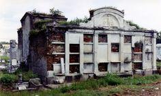 Color photos New Orleans cemeteries (pre-Katrina)