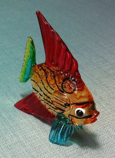 Hey, I found this really awesome Etsy listing at https://www.etsy.com/listing/189693812/hand-blown-glass-exotic-fish-sea-animal