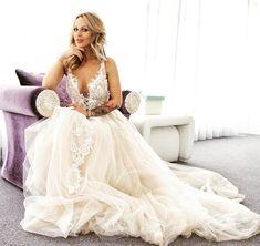 Girls with good taste choose luxury dress Victoria Soprano. #realbride #victoriasoprano #weddingdress #wedding