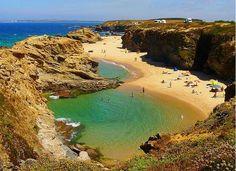 Cova da Zorra: Praia/Beach