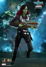 toyhaven: Hot Toys 1/6th scale Guardians of the Galaxy Vol.2 Gamora Collectible Figure Preview Pics Movie Themes, Movie Characters, Marvel Characters, Star Lord, Gamora Guardians, Galaxy Movie, Galaxy 2, Guardians Of The Galaxy Vol 2, Cool Toys For Boys