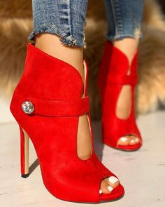 Rhinestone Cutout Pointed Toe Ankle Boots,Rhinestone Cutout Pointed Toe Ankle Boots Boots for Girls - Experience the Breeze and Climate with Appeal Women's boots : With the best women's boots . Hot Shoes, Crazy Shoes, Me Too Shoes, Shoes Heels, Red Heels, Bootie Boots, Shoe Boots, Ankle Boots, Red Booties