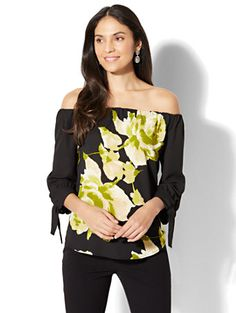 Shop 7th Avenue - Off-The-Shoulder Blouse - Print. Find your perfect size online at the best price at New York & Company.