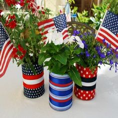 Ideas For Homemade Centerpieces For The Of July July Crafts, Summer Crafts, Holiday Crafts, Holiday Fun, Holiday Style, Summer Fun, Patriotic Party, 4th Of July Party, Fourth Of July