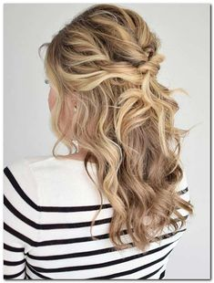 Easy Hairstyle: Half Up Half Down