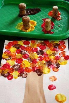 Herbstdeko basteln - Tolle DIY Bastelideen zum Herbstanfang Kids Crafts thanksgiving diy crafts for kids Kids Crafts, Thanksgiving Crafts For Toddlers, Preschool Crafts, Tree Crafts, Diy Thanksgiving, Fall Toddler Crafts, Autumn Art Ideas For Kids, Summer Crafts, Thanksgiving Activities