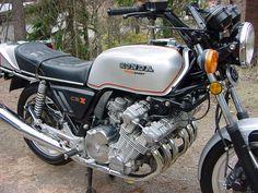 A seriously mean classic bike... 82 Honda CBX 1000 6 cylinder...