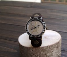 Handmade leather retro watch, Roman numerals, the neutral trend noble soft leather quartz strap