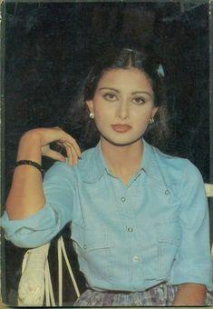 Beautiful Bollywood Actress, Most Beautiful Indian Actress, Beautiful Actresses, Indian Actresses, Actors & Actresses, Poonam Dhillon, Beautiful Heroine, Bollywood Actors, Best Actress