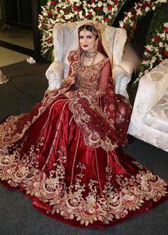 Bridal Diaries - Bridal Diaries – Tena Durrani Source by - Asian Wedding Dress Pakistani, Asian Bridal Dresses, Indian Bridal Outfits, Pakistani Wedding Dresses, Pakistani Bridal Lehenga, Bridal Mehndi Dresses, Indian Wedding Wear, Wedding Hijab, Lehenga Choli