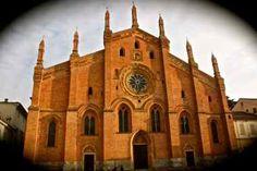 PaviaPAVIA … passeggiando tra vicoli e chiese
