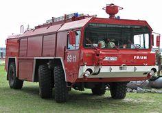 Bundeswehr feuerwehr vehicle FAUN