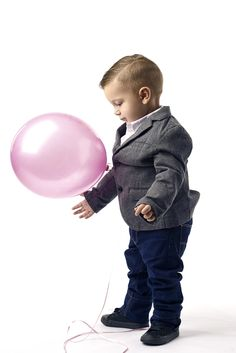 """""""Pink Balloon"""" This was a gender reveal portrait shoot. Jayden had a blast with the balloon. Eastvale California, Pink Balloons, My Passion, Gender Reveal, Children, Kids, Art Photography, Maternity, Entertaining"""