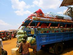 How to Survive Buses in Southeast Asia   Traveling 9 to 5