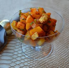 Sweet and Spicy Butternut Salad from Teske Goldsworthy Milton Paleo Side Dishes, Vegetable Side Dishes, Side Dish Recipes, Veggie Recipes, Real Food Recipes, Healthy Recipes, Paleo Meals, Healthy Dishes, Paleo Diet