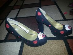 Diy, Queen of Hearts Halloween Shoes (mini playing cards, glitter red hearts)