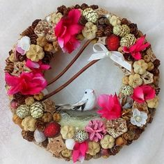 Ajtódísz, kopogtató - Meska.hu Grapevine Wreath, Grape Vines, Christmas Wreaths, Holiday Decor, Decorations, Home Decor, Molde, Christmas Garlands, Homemade Home Decor