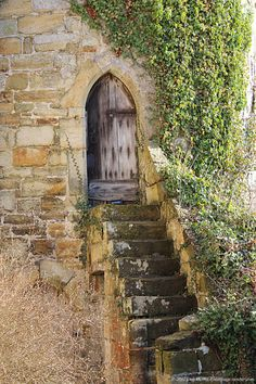 14th Century, Scotney Castle, door, ivy, staircase, stairs, English castle, stone tower, medieval, middle ages, stone steps, photography
