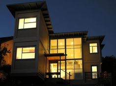 """CONTAINER HOUSE (Pin 1 of 2) -Leger Wanaselja Architecture finished their """"Container House"""", bringing a more traditional look to the container composed residence, located on top of a hill in an East Bay suburb overlooking San Francisco, Calif."""