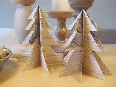Ein schönes und einfach umzusetzendes Bastelprojekt in der Weihnachtszeit sind Tannenbäume aus Papier.      Dafür braucht ihr:   ein Stück F...