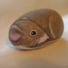 Painted rock,mouse..