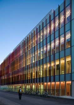 Hawkins\Brown — New Biochemistry building. University of Oxford — Image 5 of 7 — Europaconcorsi