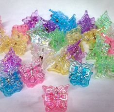 Butterfly Clips | 45 Awesome Toys Every '90s Girl Wanted For Christmas i still have some of these
