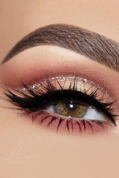 Eye makeup eyeliner , augen make-up eyeliner , eye-liner maquillage des yeux , delineador de Makeup Eye Looks, Eye Makeup Steps, Eye Makeup Art, Wedding Makeup Looks, Makeup Inspo, Eyeshadow Makeup, Smokey Eye Makeup, Makeup Ideas, Makeup Geek