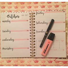 My own bullet journal weekly spread for October somewhen!